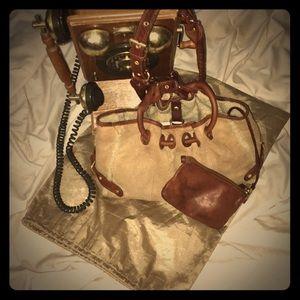 👜 SALE***Authentic UGG Handbag 👜